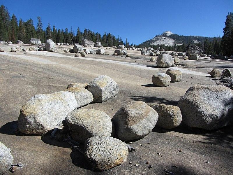 File:Glacial Erratics - panoramio.jpg
