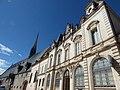 Hôtel-Dieu de Beaune and Caisse d'Epargne Beaune la Halle - Rue de l'Hôtel Dieu, Beaune (35651675695).jpg