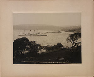 HMCS Rainbow (1891) - HMCS Rainbow entering Esquimalt, 7 November 1910 (HS85-10-23189)