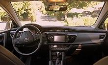 Toyota Corolla (E170) - Wikipedia