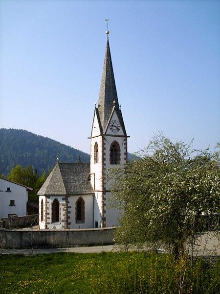 File:Hafling St.Johann Kirche.jpg
