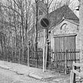 Hekwerk ten zuid-oosten van de kerk - Wieuwerd - 20255838 - RCE.jpg