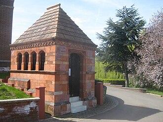Henry Tate - Image: Henry Tate Mausoleum West Norwood Cemetery