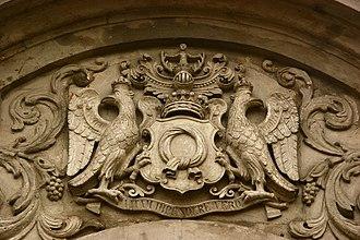 Edward Bernard Raczyński - Relief of the Raczyński family comital coat of arms