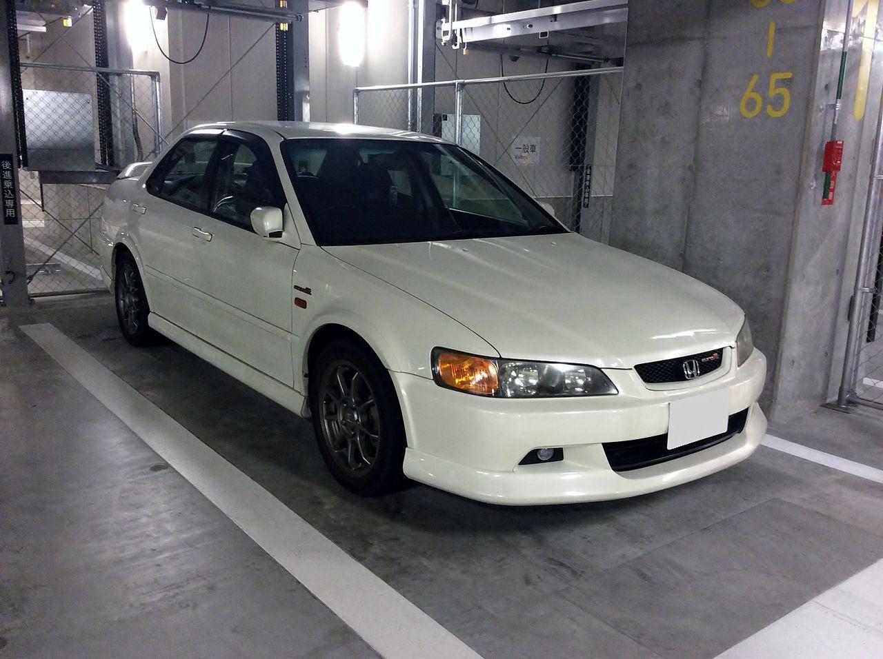 file honda accord euro r cl1 front jpg wikimedia commons rh commons wikimedia org Honda Accord Euro R CL1 CL1 Honda Type R