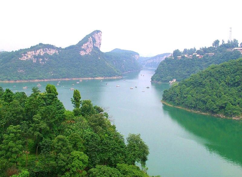 Huaxi-Far View of Banbianshan
