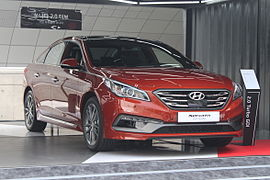 Hyundai Sonata Turbo Front-Side.JPG