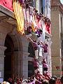 Igualada 2013 - Pilars - Anxanetes dels pilars pujant al balcó.JPG