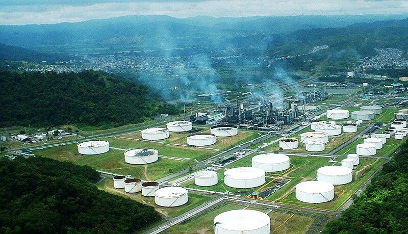 Industria petrolera ecuatoriana.jpg