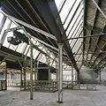 Interieur, overzicht van de eerste verdieping met zicht op het sheddak - Maastricht - 20385988 - RCE.jpg