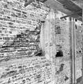 Interieur noordwand restanten gothische dagkant. - Goedereede - 20078976 - RCE.jpg