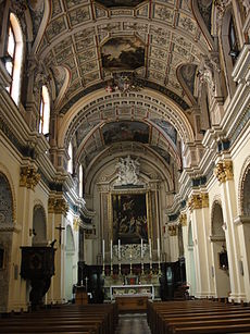 Interior of the church Interior of the church of St Mary of Jesus Valletta.jpg