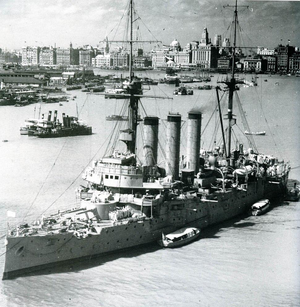 Japanese cruiser Izumo in Shanghai