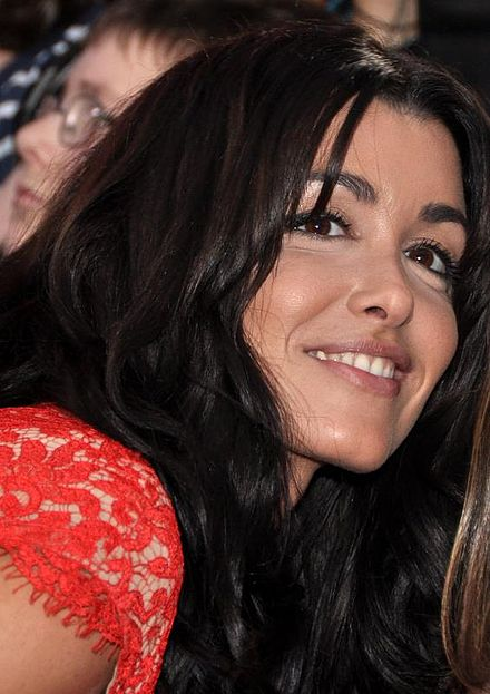 Jenifer met French actor Thierry Neuvic on the set of the film Les Francis and they started dating in July 2013. In April 2014, Jenifer announced shes.