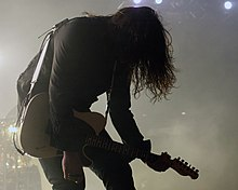 Jim Root at Mayhem Fest.jpg