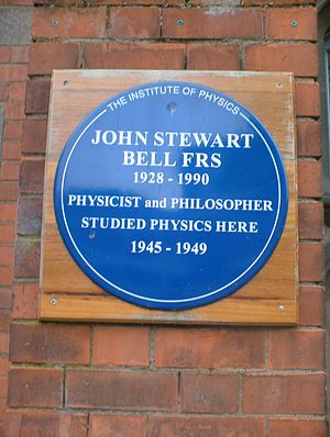 John Stewart Bell - Blue plaque honouring John Bell at the Queen's University of Belfast