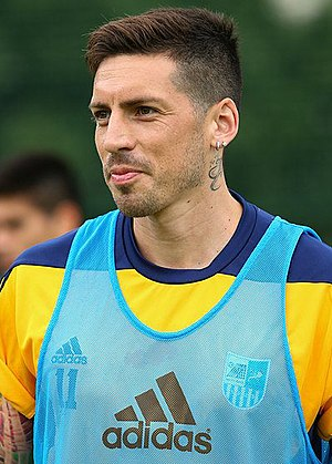 José Sosa - Sosa playing for Metalist Kharkiv