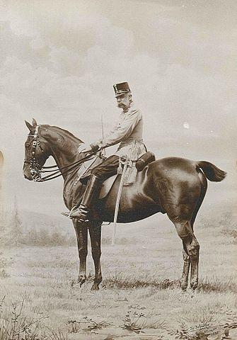 [✔] Empire d'Autriche-Hongrie 335px-Kaiser_Franz_Joseph_1898_zu_Pferd
