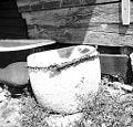 Kamen za mast in klobase, Erzelj 1958.jpg