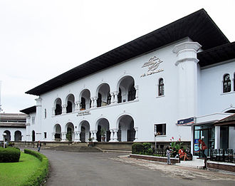 Pos Indonesia - Headquarter of Pos Indonesia in Bandung; built simultaneously with Gedung Sate