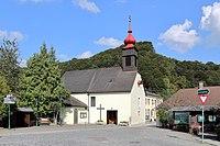 Klausen-Leopoldsdorf - Kirche.JPG