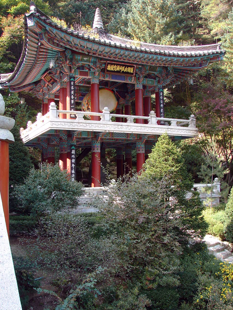 Korea-Danyang-Guinsa Bell Pavilion 2949-07