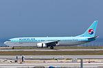 Korean Air, B737-900, HL7708 (18111163079).jpg