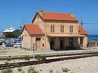 L Ile-Rousse gare aout 2019.jpg