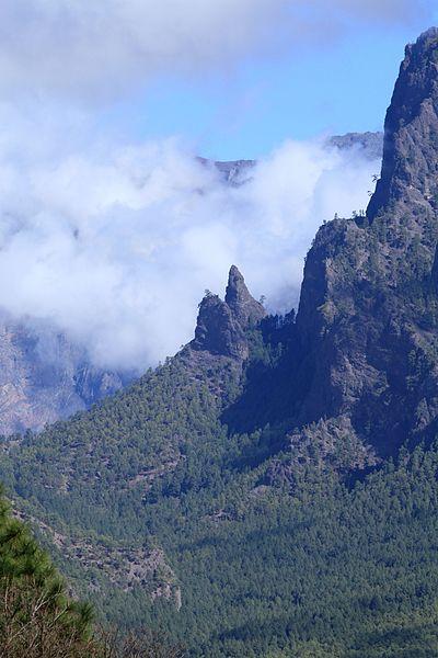 File:La Palma - El Paso - Idafe + Caldera de Taburiente (LP-3) 06 ies.jpg