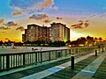 La nuit tombe sur Pompano Beach, Florida. Night time is slowly falling on Pompano... - panoramio.jpg