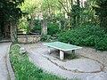 Landzunge Rossneckar-Arme Spielplatz Sitzplatz Aufenthaltsplatz Teich TT-Platte Baeckermuehle Esslingen.jpg