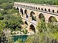 Le Pont du Garde, France (39894623680).jpg