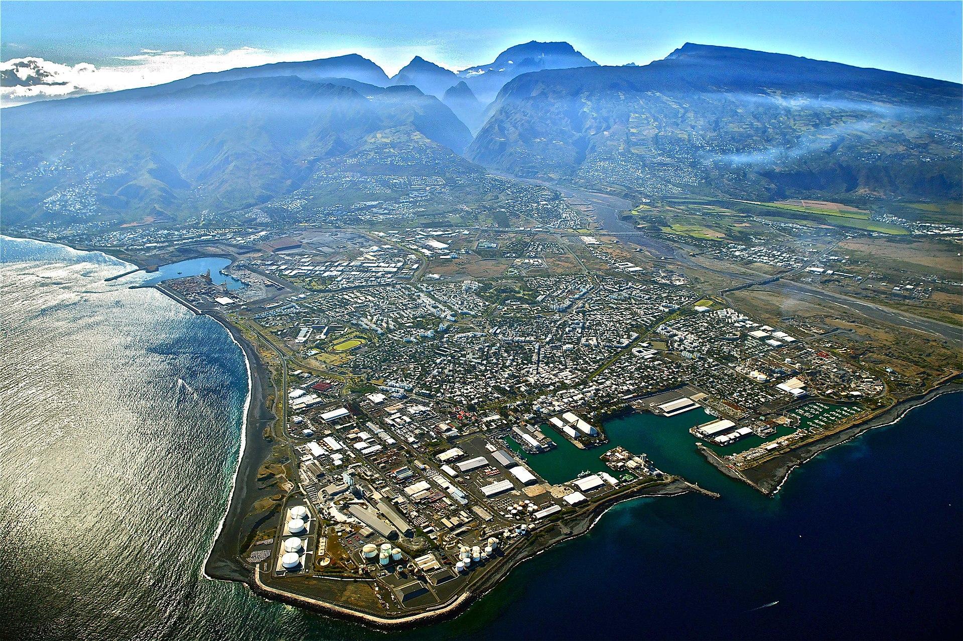 1920px le port vue du ciel 2004
