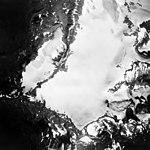 Lemon Creek Glacier, icefield, hanging glaciers, and firn line, August 24, 1963 (GLACIERS 6370).jpg
