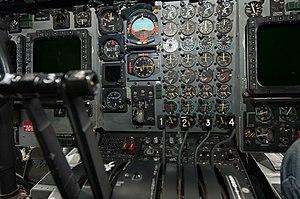 Lockheed Hercules MC-130H Combat Talon II Cockpit 2.jpg