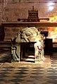 Locronan - interior de l'eglise.jpg