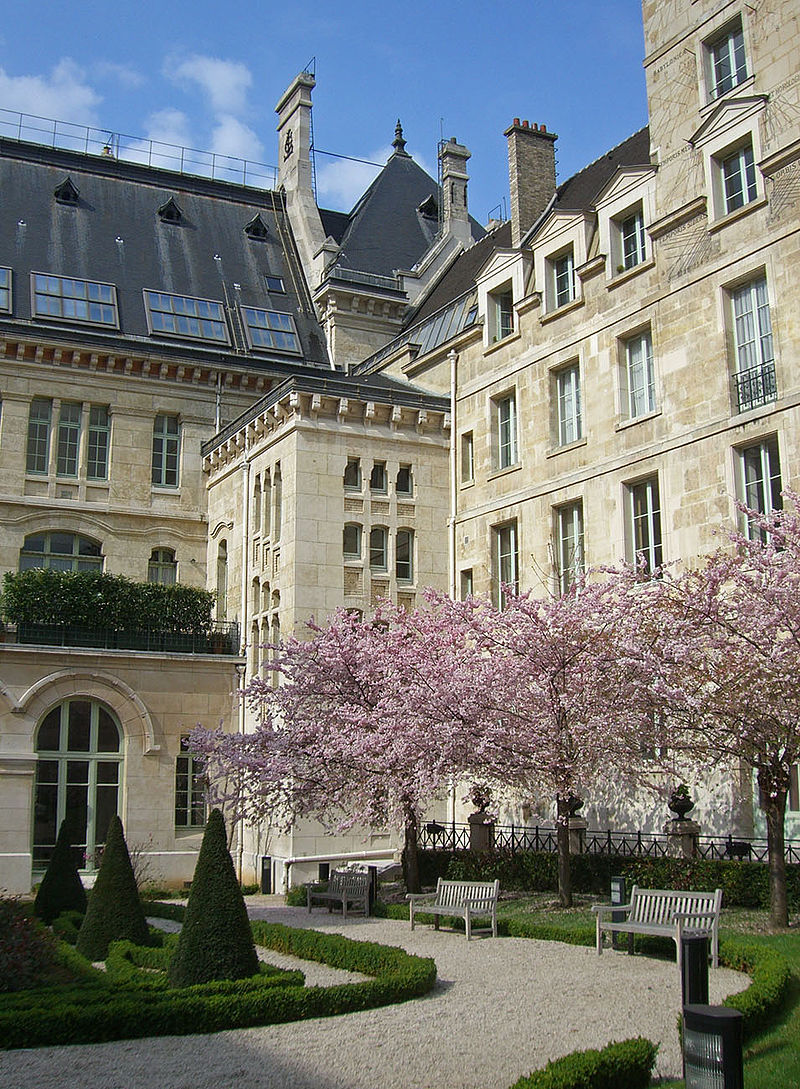 Louis-le-Grand--cour-honneur.jpg