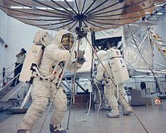 astronauts apollo 13 - 800×639