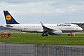 Lufthansa, D-AIZZ, Airbus A320-214 (16269234408).jpg