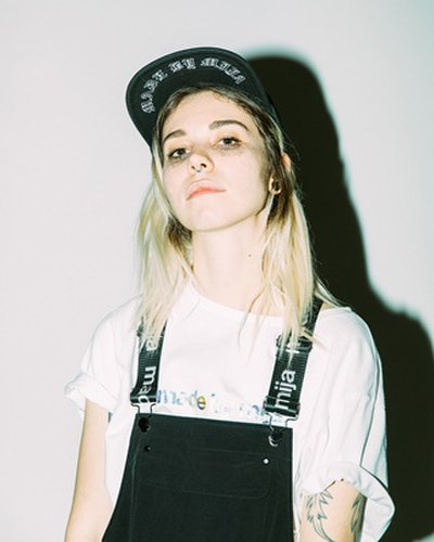 Picture of a band or musician: Mija