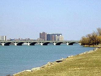 MacArthur Bridge (Detroit) - Image: Mac Arthur Bridgefrom Belle Isle