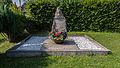 Magdala Friedhof Gedenkstätte für sechs unbekannte Häftlinge.jpg