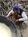 Making of brown sugar in Punjab 08.jpg