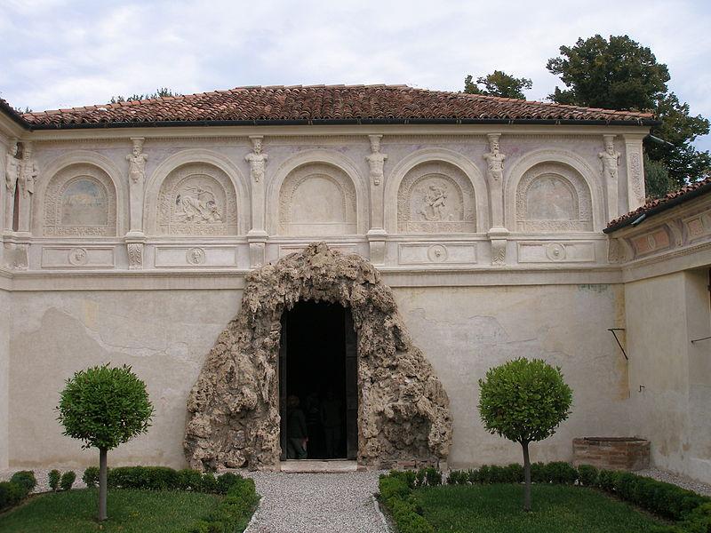 Grotto in Palazzo Tè, Mantova