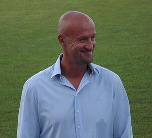 Marco Rossi (footballer, born 1964) - Rossi managing Honvéd in 2013