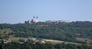 Maria Taferl and parts of Marbach seen from Krummnussbaum 20100712.jpg