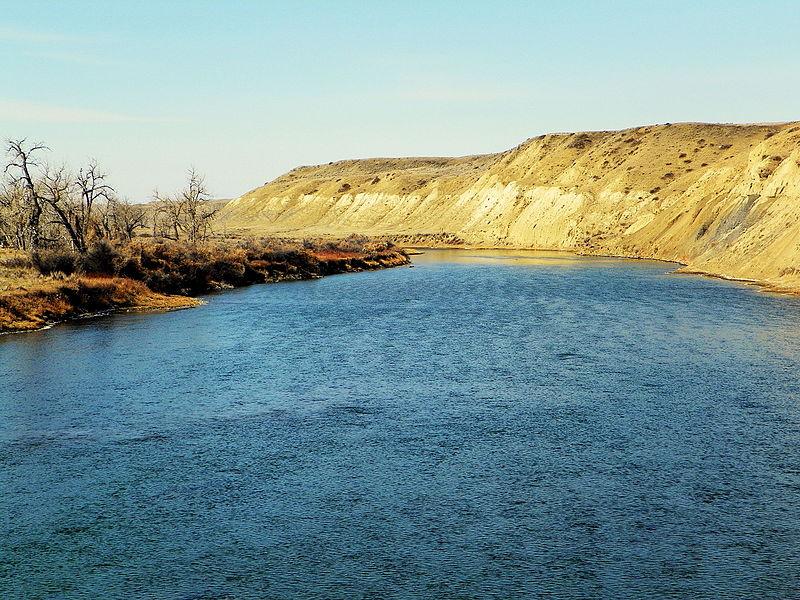 File:Marias River (9354062478).jpg