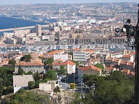 مقالات و مطويات 280px-Marseille-ports