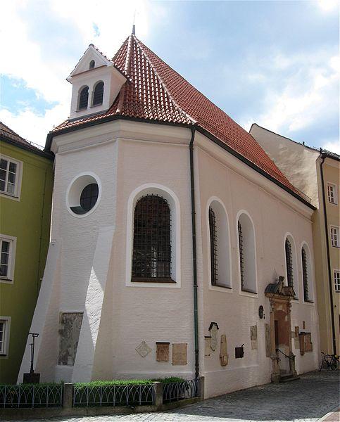 File:Martinsfriedhof 220 Frauenkapelle Landshut-1.jpg