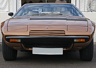 Maserati Khamsin - Front view of a Khamsin, showing the three slots added in 1977.